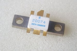 Transistor PTB20074