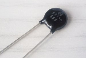 Varistor 39V